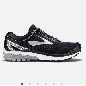 Brooks Shoes | Nib Nwt Cushion Me